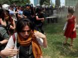 tear-gas-reuters-1